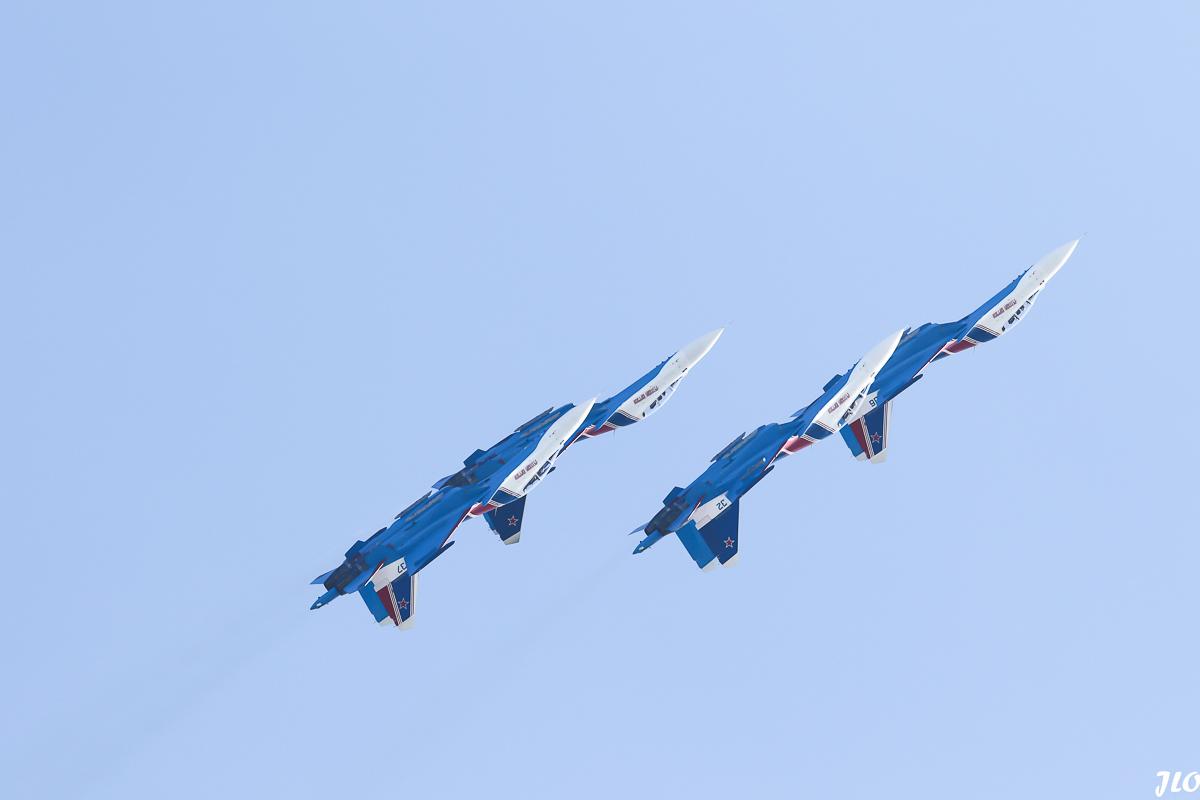 SU 3O RUSSIAN KNIGHTS-1-2