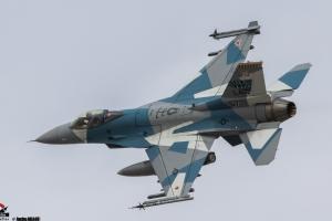 F-16 AGRESSOR-1-Modifier