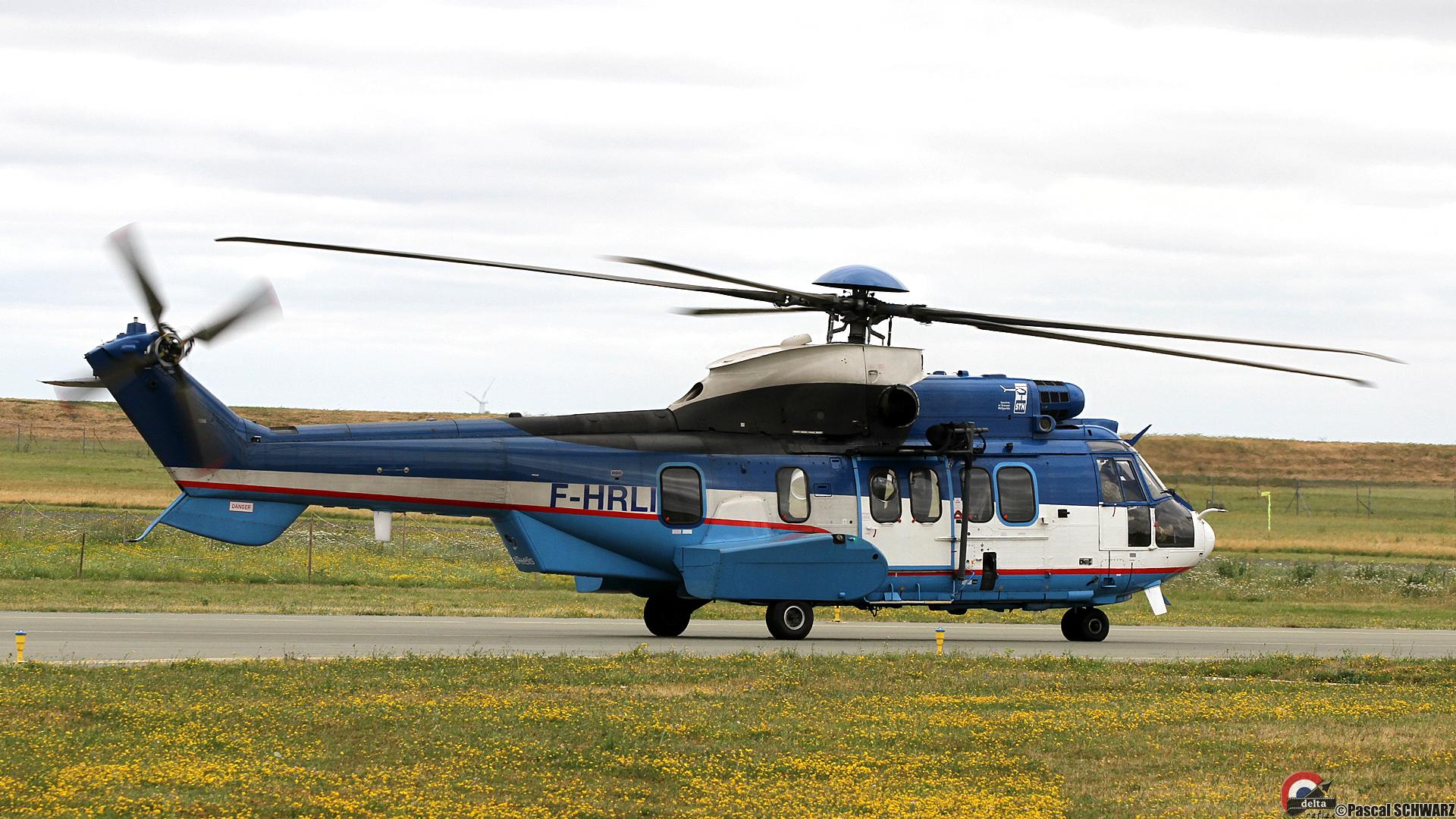EC225 2824 F-HRLI-HD Schwarz