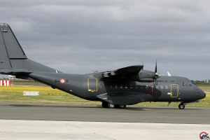 CN-235 128-HD Schwarz