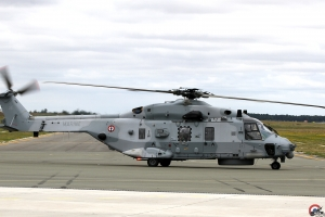 NH-90 23 MARINE-HD Schwarz